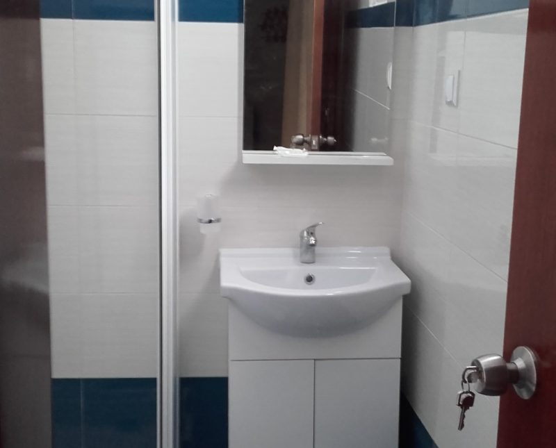 Bathroom in double room Nr.18